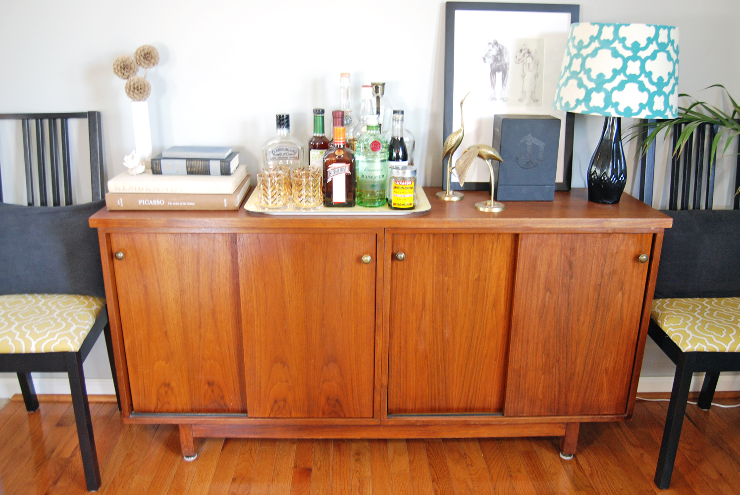 How to Style a Dining Room Buffet | The Charming Detroiter