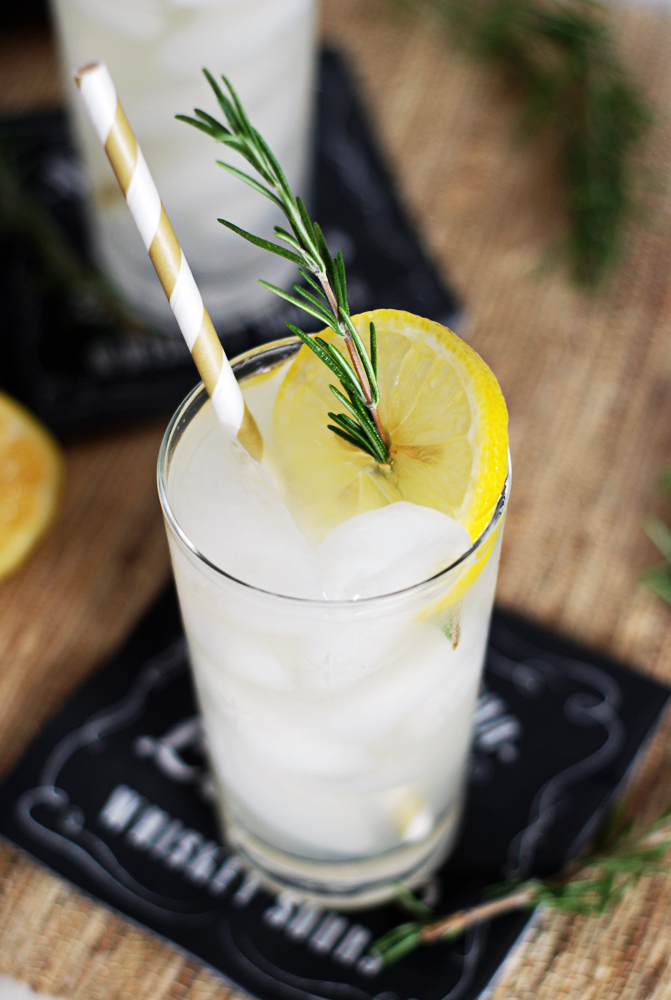 Rosemary Honey Vodka Spritzers: A refreshing and simple cocktail featuring vodka paired with tart lemon juice, simple syrup, and rosemary!