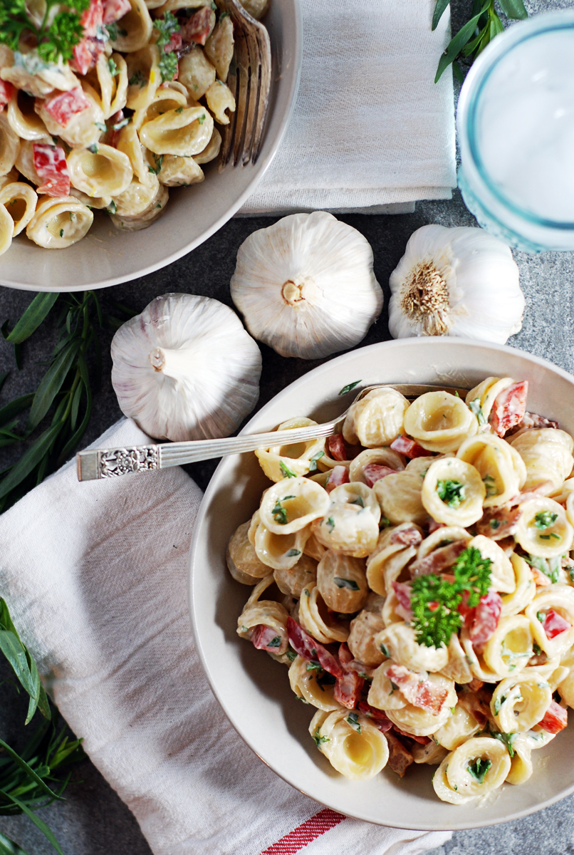 Creamy Tarragon and Roasted Garlic Pasta Salad