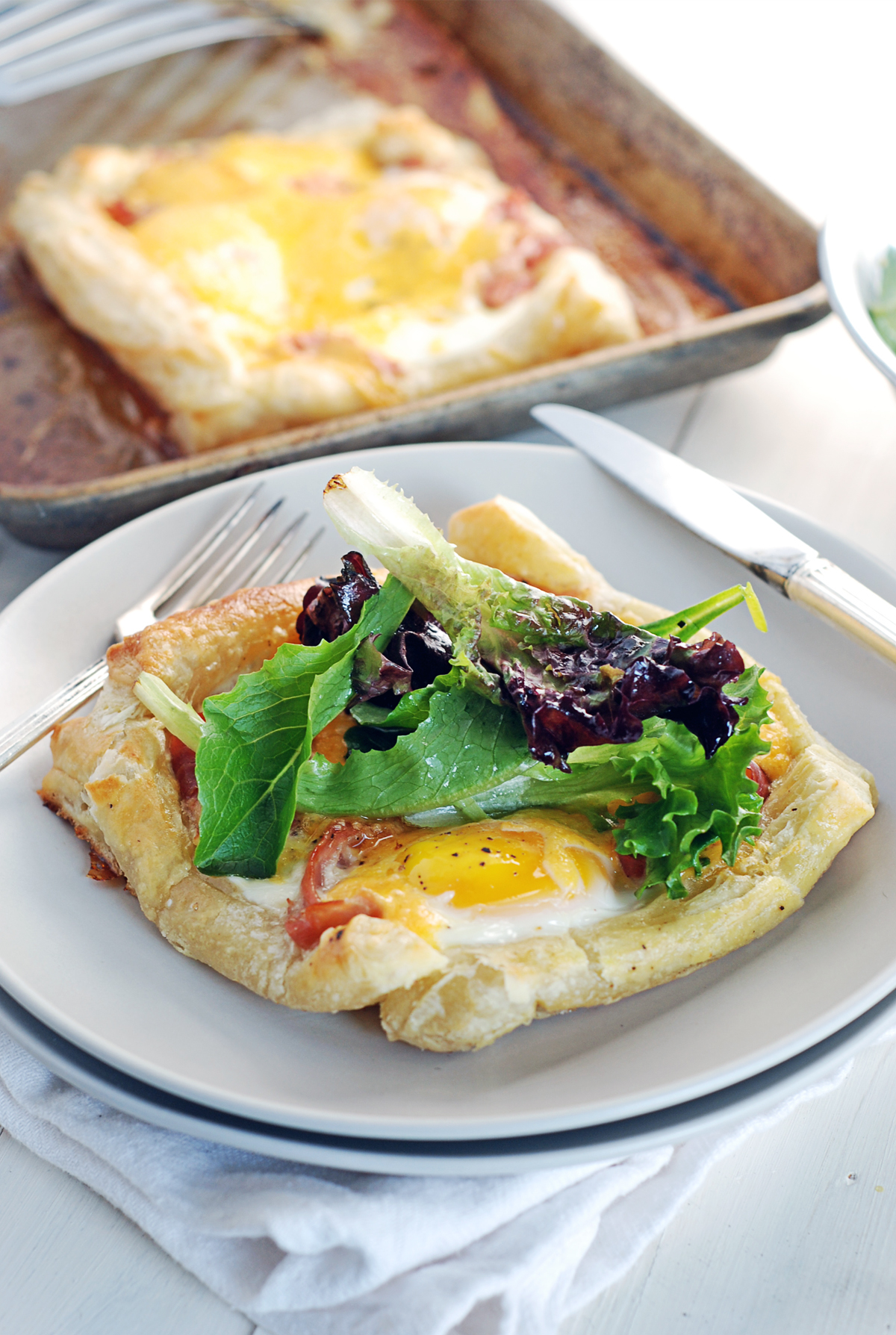 Baked Egg Breakfast Tarts with Prosciutto