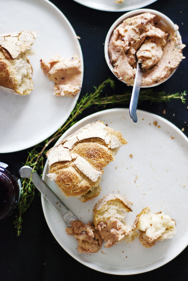The perfect accompaniment to your breakfast: delicious compound butters featuring berry jams and fresh herbs!
