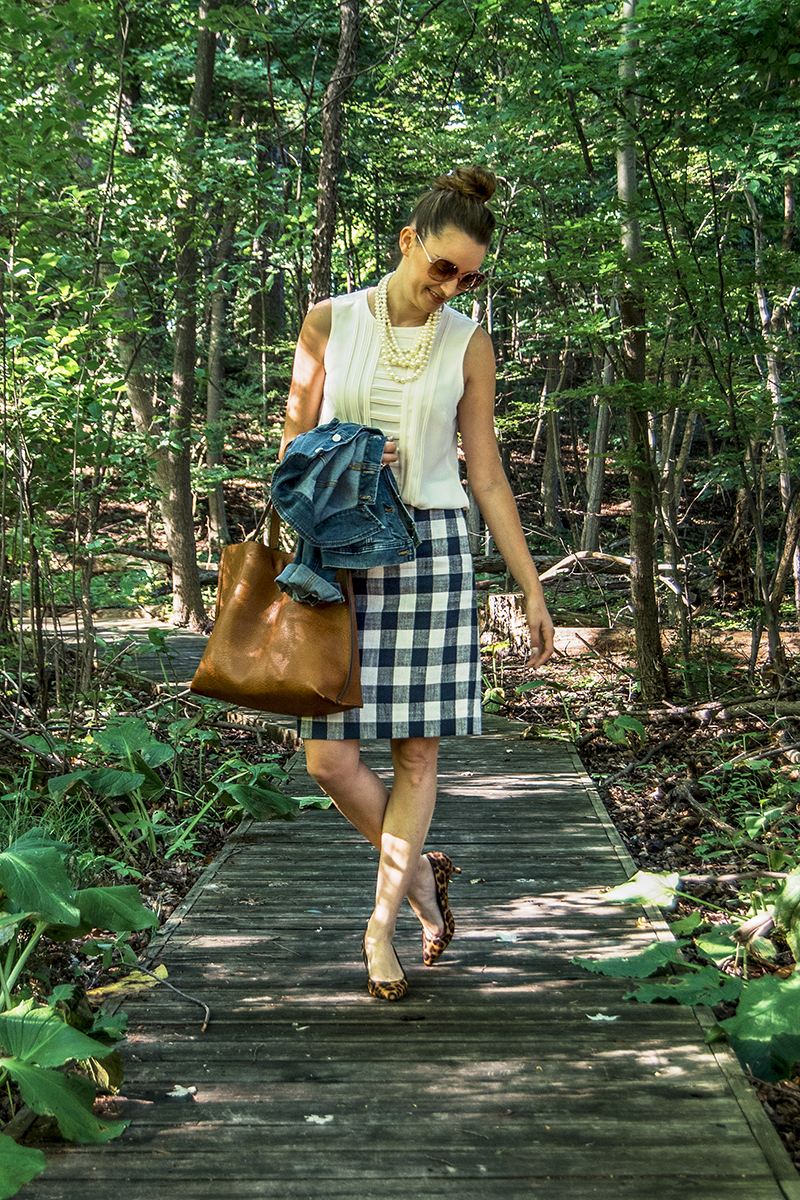 Learn all about how to dress preppy like a J.Crew model with my tips on the blog today, everything from investing in timeless pieces to accessorizing!