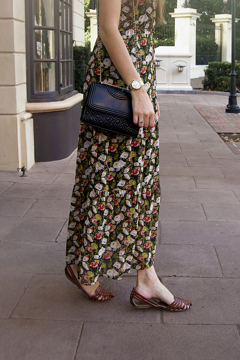 This J.Crew floral dress features a beautiful tiered style and a lovely sweet pea floral pattern, and it's paired with THE best brown leather sandals!