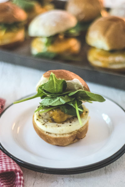 My make ahead egg and chorizo breakfast sandwich is your new go-to sandwich for weekdays: it's made with spicy chorizo, eggs, mayo, spinach and cheese!